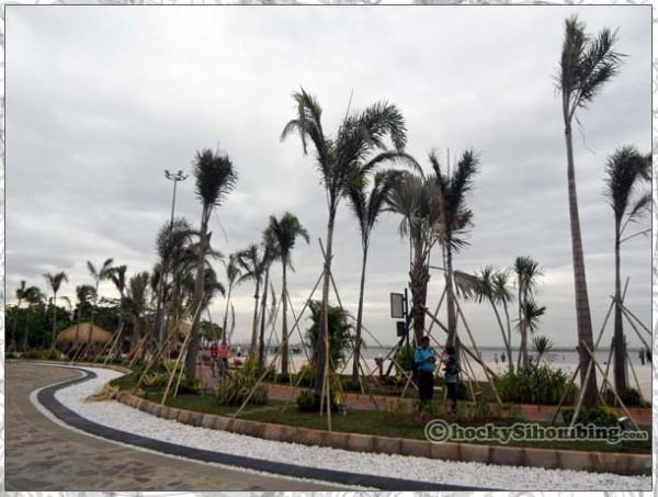 Mata-Elang-International-Stadium-beach
