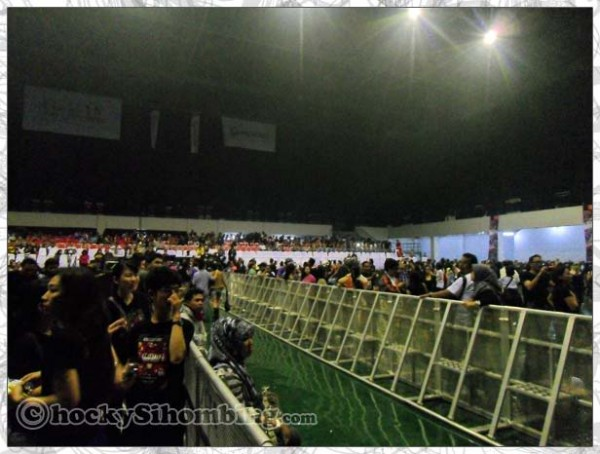 Mata-Elang-International-Stadium-inside