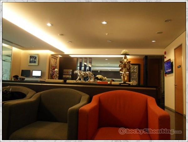 BRI_lounge_2