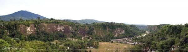 Pemandangan Ngarai Sianok