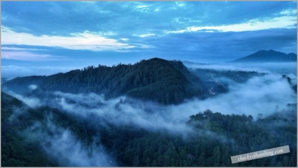 View dari Tebing Keraton