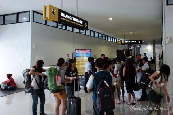 Menuju Ruang Tunggu Terminal B