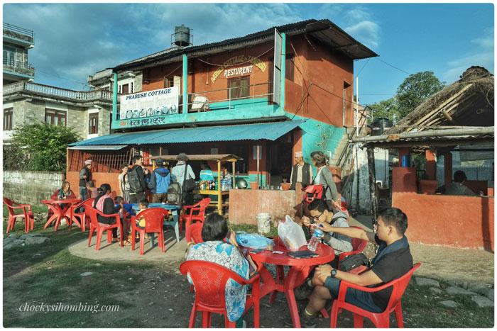 sarapan-di-terminal-bus-pokhara