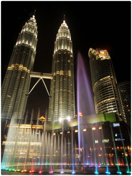 dancing-fountain-at-petronas