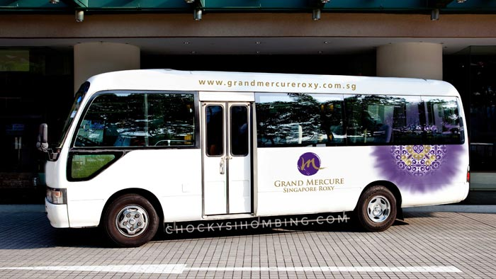 Hotel-Shuttle-Bus